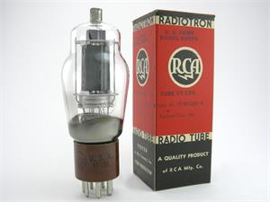 RCA 807 / 1625 / VT136 - brown base